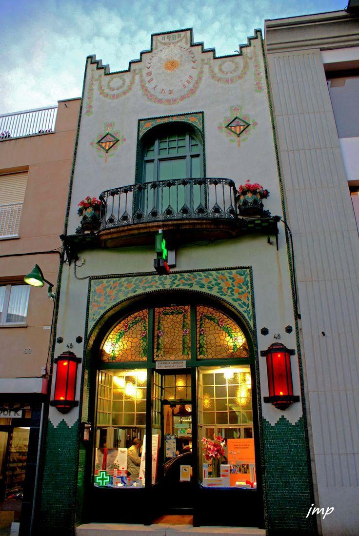 Antiga confitería Viuda Carné ~ Terrassa, Spain~ Pharmacy
