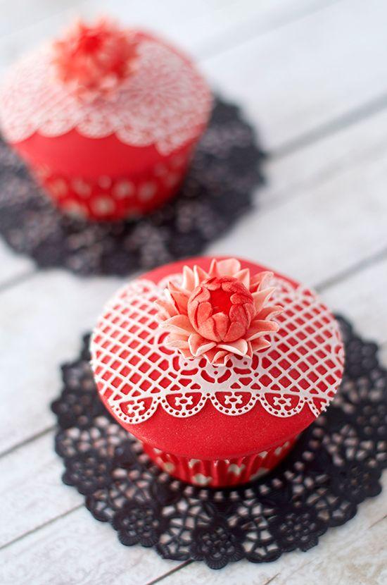 Cupcakes de almendra y chocolate blanco para el día de la madre