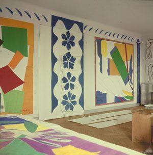 Henri Matisse (1869 -1964) Large Composition with Masks, Memory of Oceania and The Snail in Henri Matisse's studio  Photographer: Lydia Delectorskaya Artwork: © Succession Henri Matisse