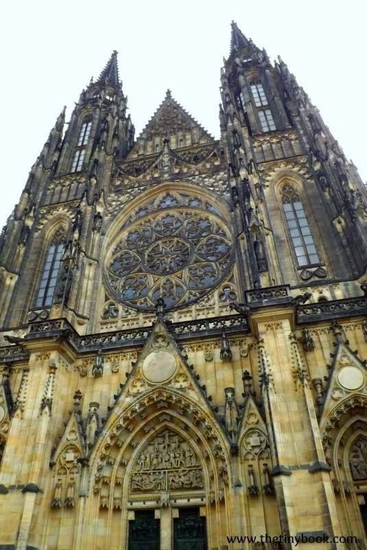 St. Vitus, entrance. Prague