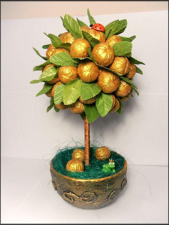 Free shipping Topiary Wallnut wood floral by SvetlanaD13 on Etsy, $35.00