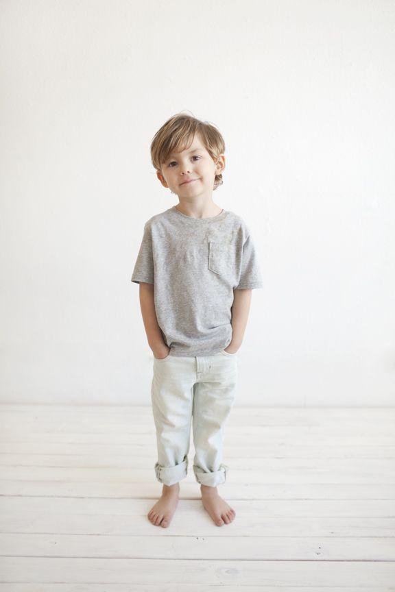 simple, clean studio portraits, children photography- www.mirandanorth.com