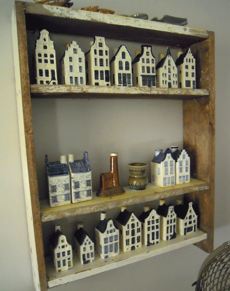 ceramic Dutch houses. These were given or sold, with alcohol in them, on KLM in first class
