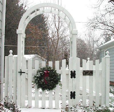 Wonderful White Picket Fences