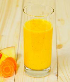 オレンジとにんじんのデトックスジュース