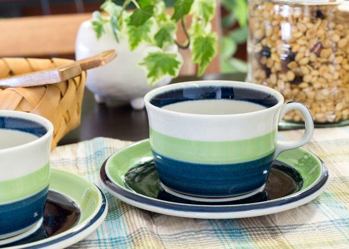 北欧のぬくもり感じる 温かなペイント  ロールストランド/RORSTRAND マリア/Maria コーヒーカップ&ソーサー