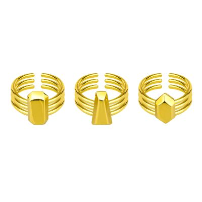 DIAMOND CUT RINGS  Tre anelli realizzati in argento raffiguranti i tre principali tagli dei diamanti, misure regolabili sul dito.  Maria Vittoria Paolillo Gioielli