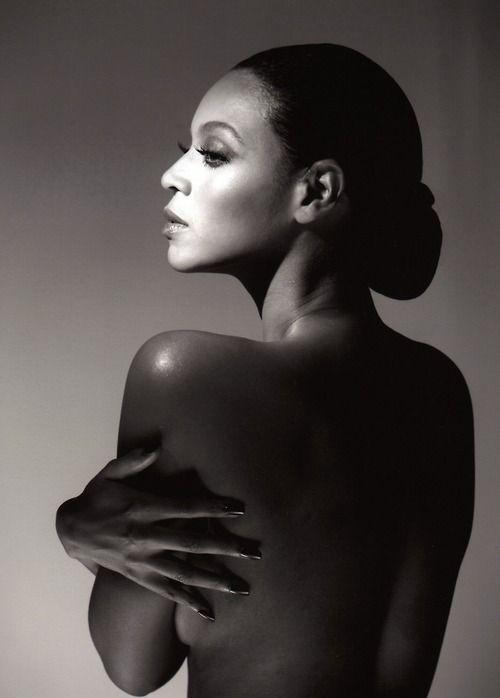 """Deena Jones : Beyoncé Knowles in """"Dreamgirls"""" 2006."""