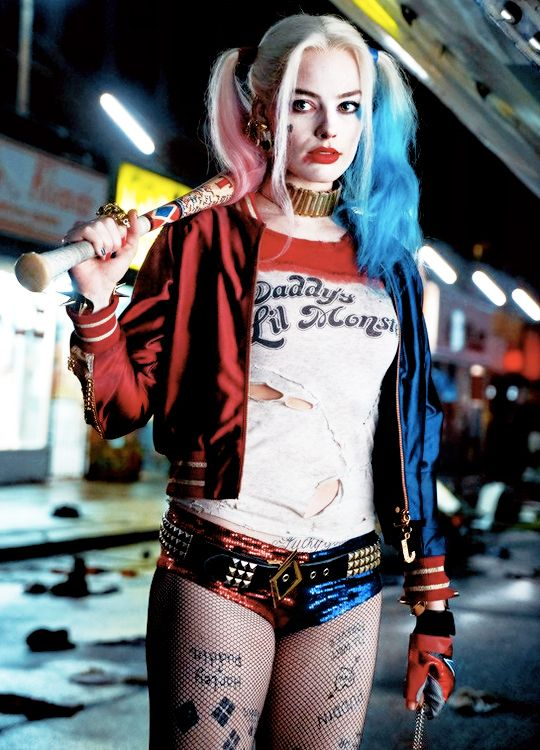 Harley Quinn in Suicide Squad (x)