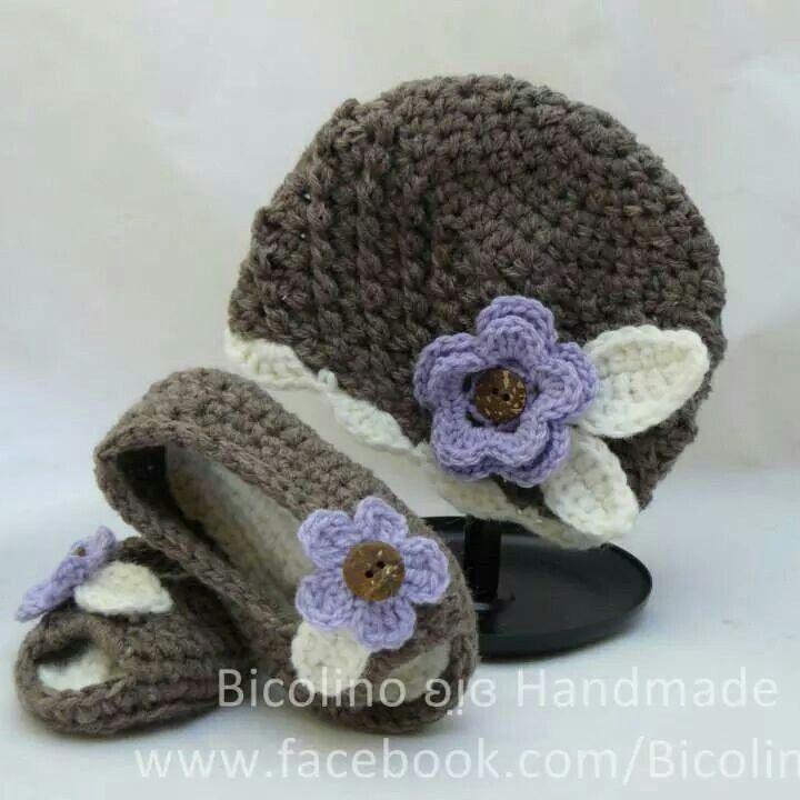 Interchangeably beanie & peekaboo sandals