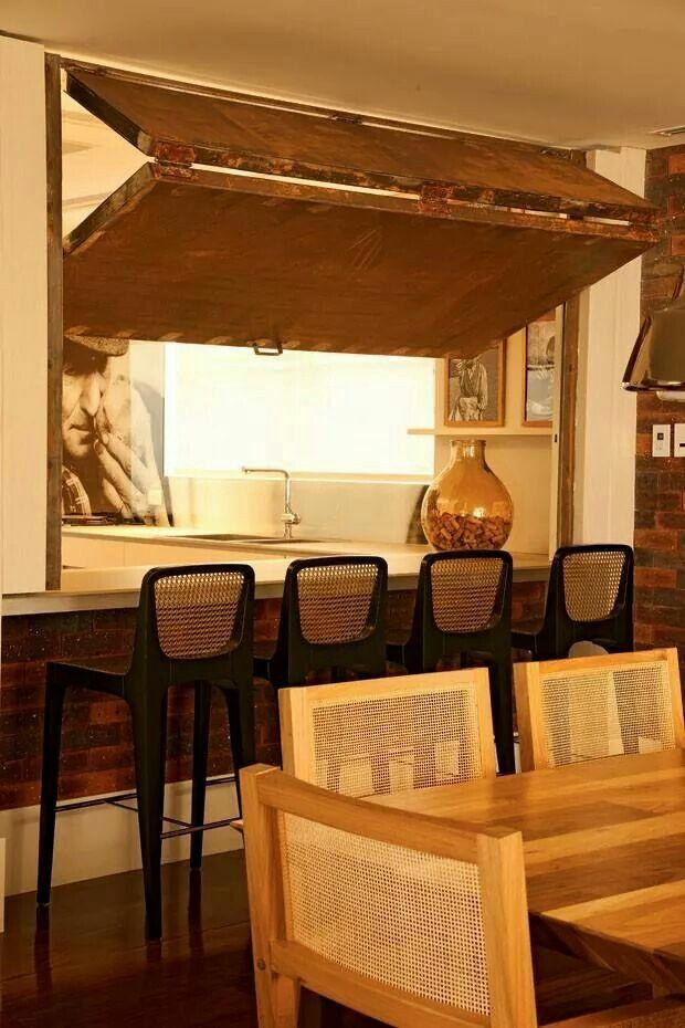 Cozinha integrada com possibilidade de fechamento do vão