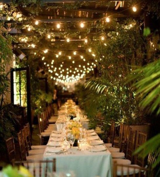 oh!myWedding: Hileras de bombillas para iluminar la boda
