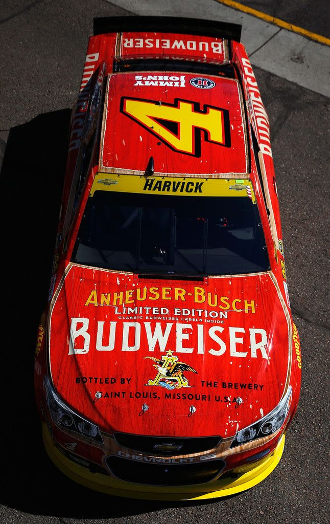 Kevin Harvick wins Pheniox and is off to the next round!