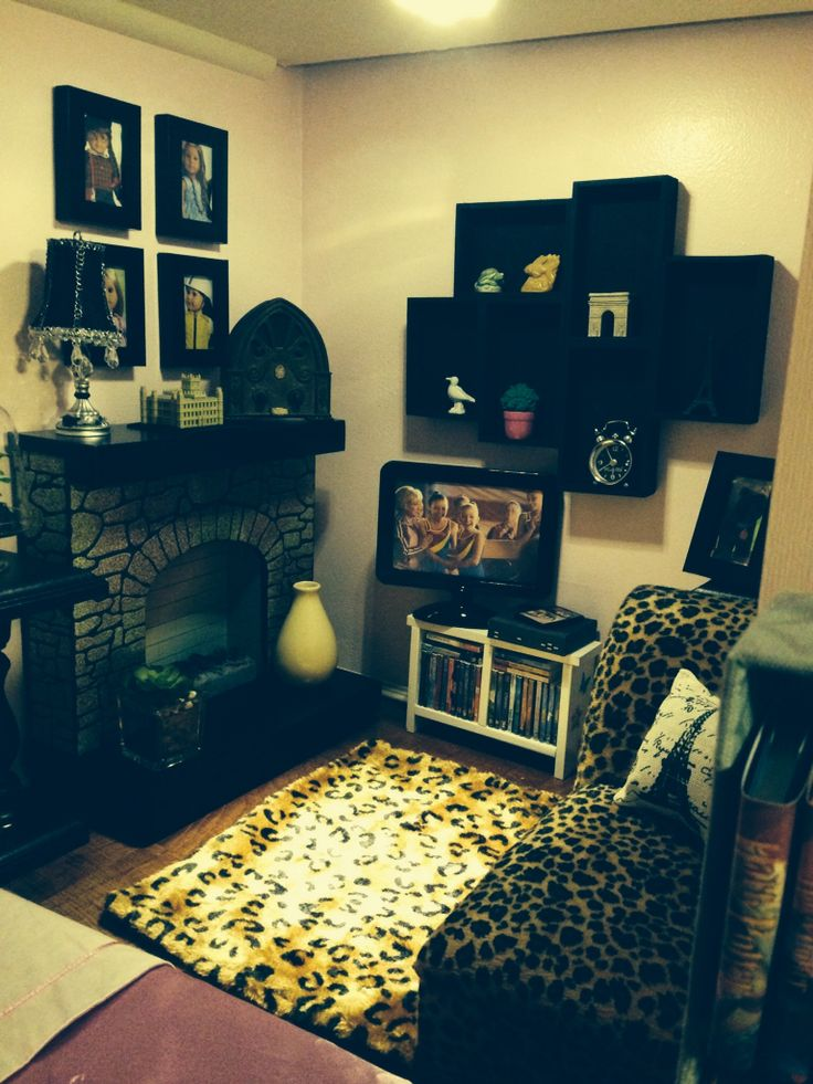 17 Best Images About Living Room Diy And Inspiration For American Girl Dollhouse On Pinterest