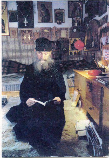 Elder Ephraim Arizona -  Γέροντας Εφραίμ της Αριζόνας: «Δόξα τη φιλανθρωπία Σου, Κύριε» ( Γέροντος Εφραίμ...