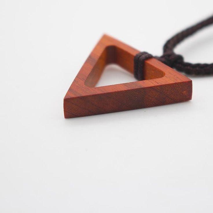 Ebony Camwood Handmade Necklace Triangle Geometric Charm Pendant Gift Jewelry Accessories Women – Schmuck