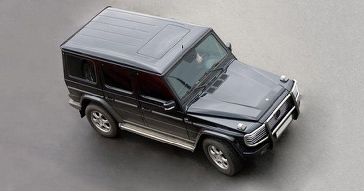 ¿Qué es un Kompressor Mercedes Benz?. El Kompressor Mercedes Benz es una opción de motor disponible en varios modelos de Mercedes Benz, incluyendo el SLK230, el C180 y el C230. El Kompressor ha estado disponible en los modelos de Mercedes Benz desde el año 1998, y fue introducido por primera vez para los modelos SLK.