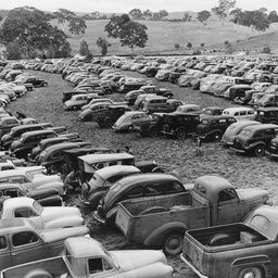 Carpark at the Oakbank races