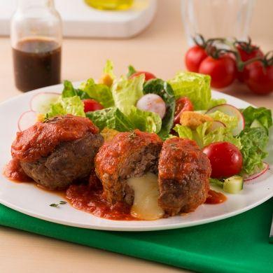Mini-pains de viande à la saucisse farcis au cheddar - Recettes - Cuisine et nutrition - Pratico Pratiques