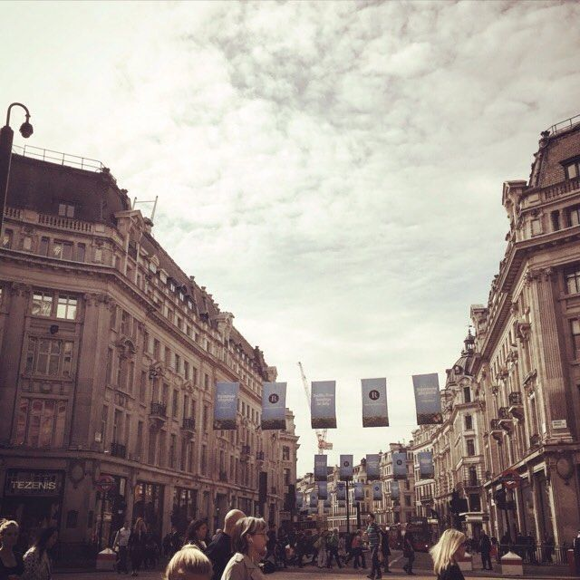 At the busiest times, over 40,000 pedestrians per hour pass through Oxford Circus!