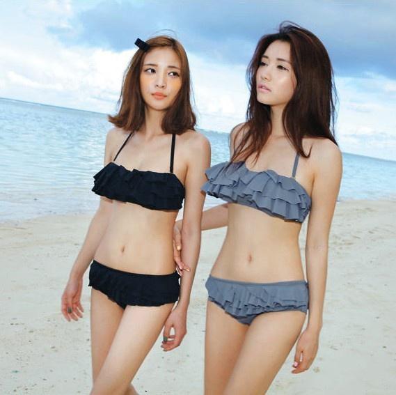 girls romp bikini Dd