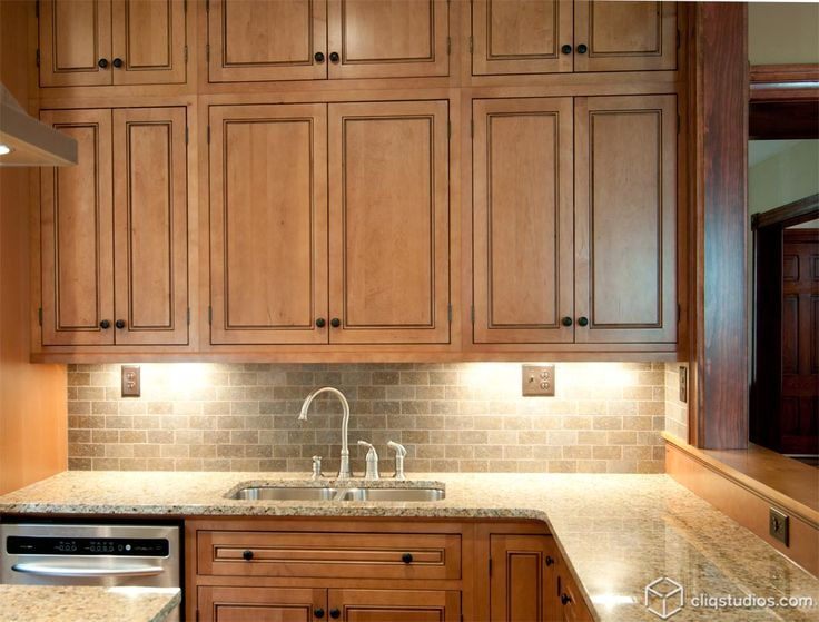 Maple Cabinets Kitchen Panel With Antique Glazing Grey And Tan Undertone Granite Countertop Backsplash S Inside Inspiration Decorating