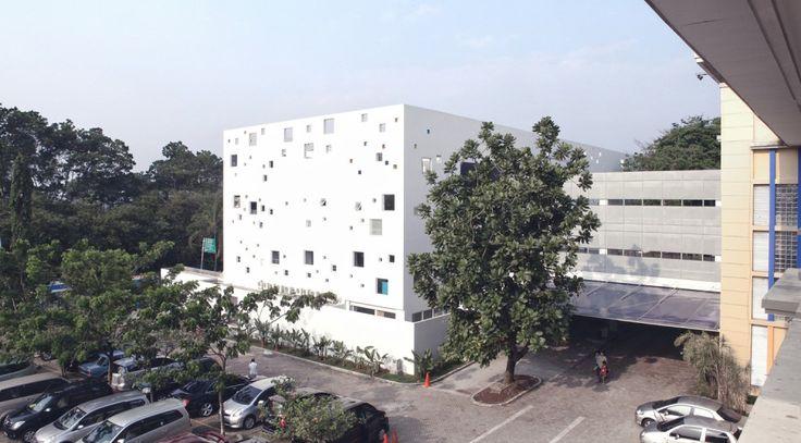 Sekolah Bogor Raya / Indra Tata Adilaras