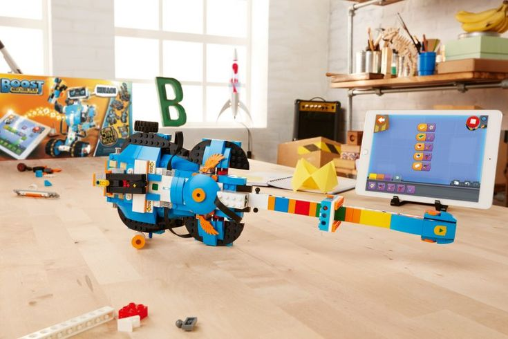 Lego has announced a kit for building and programming robots, designed to encourage a younger generation to learn how to code, at this year's CES tech conference
