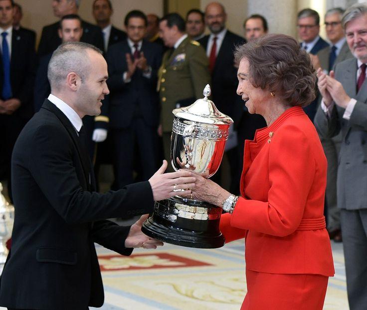 Éxitos y valores se unen en la entrega de los Premios Nacionales del Deporte - http://revistanuve.com/exitos-valores-se-unen-la-entrega-los-premios-nacionales-del-deporte/