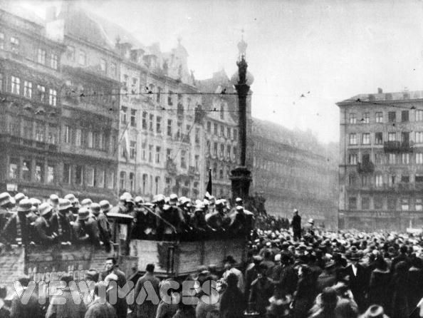 munich putsch 1923 The munich putsch as the german economy floundered and the government struggled to cope with the turmoil, a group of right wing politicians in bavaria [.