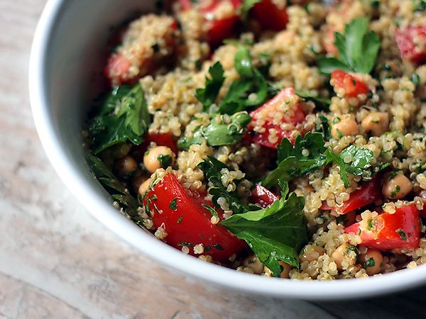 Quinoa with Italian Salsa Verde: Green Recipe, Side Dishes, Quinoa Chickpeas Salsa, Food, Italian Salsa, Microwave Quinoa, Quinoa Bowls, Tomatoes, Green Sauce