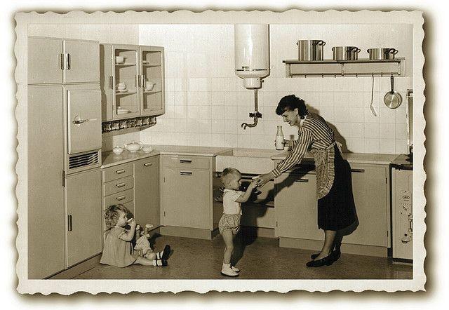 Dutch kitchen model 1937, designed by Piet Zwart by juffrouwjo, via Flickr