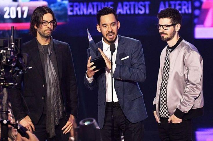 Linkin Park won Favorite Artist- Alternative Rock AMAs 2017!!