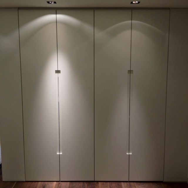 handleless wardrobe 2