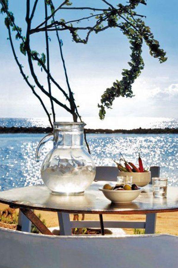 Lunch time in #Cyprus :)  Майски празници в #Кипър с полет от Букурещ >>> http://www.dstours.bg/Excursion/Cyprus