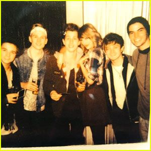 | TAYLOR SWIFT STILL FRIENDS WITH THE VAMPS BOYS AFTER 7 YEARS! | http://www.boybands.co.uk