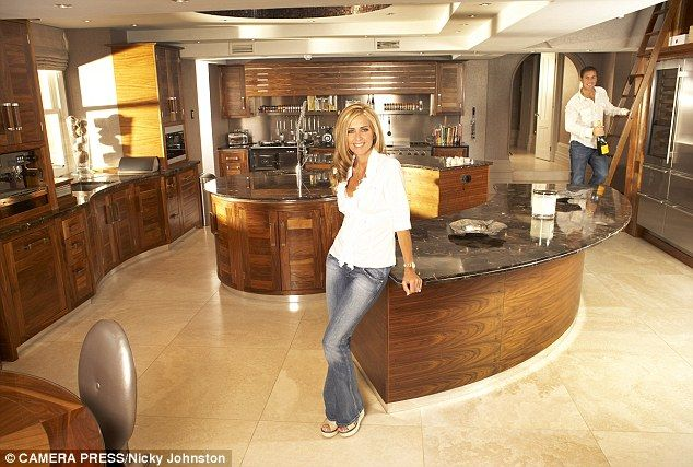 Inside the lavish lifestyle of Dawn Ward, Real Housewife of Cheshire #dailymail