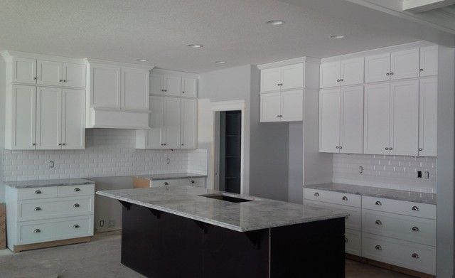 Best 25 cabinets to ceiling ideas on pinterest kitchen for 7 ft kitchen cabinets