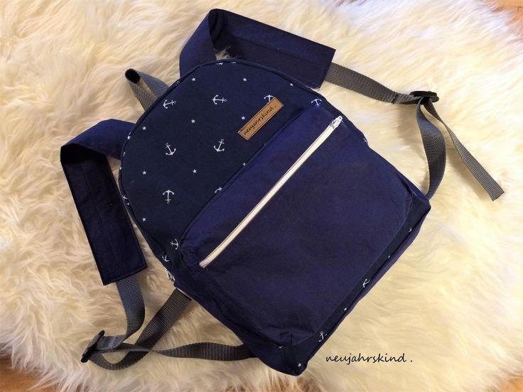 Hieer kooommt Jullaaaa !   Der Basic-Rucksack für jedermann.      Hallo meine Lieben.     Endlich ist es soweit und auch ihr könnt euch je...