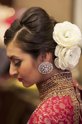 20 Stunning and Best Indian Bridal Hairstyles in 2019 | wedding makeup | Indian bridal hairstyles, Indian wedding hairstyles, Indian hairstyles