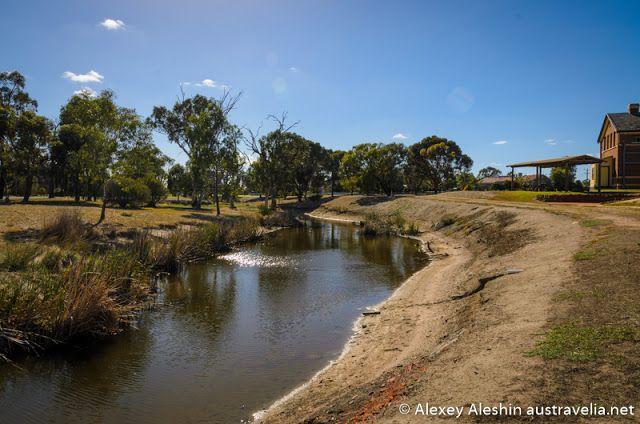 Austravelia: Natimuk: the Art Town in Victoria