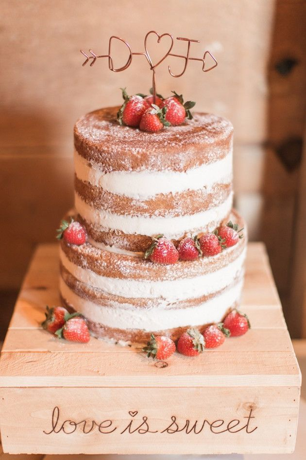 25+ best ideas about Barn cake on Pinterest Farm yard ...