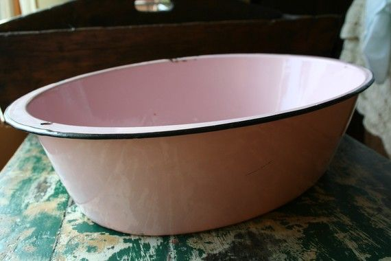 Vintage pink wash tub