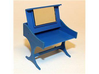 Sminkbord till dockskåp, Brio från 1970-talet på Tradera.com -