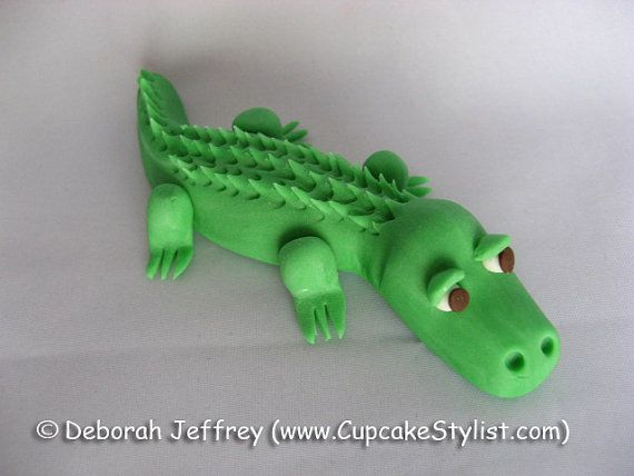 4-inch Fondant Alligator Cake and Cupcake Topper by Cupcake Stylist