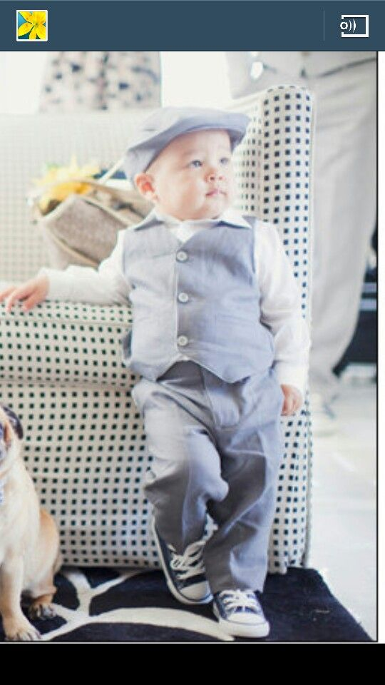 How adorable is this, he would steal the show.