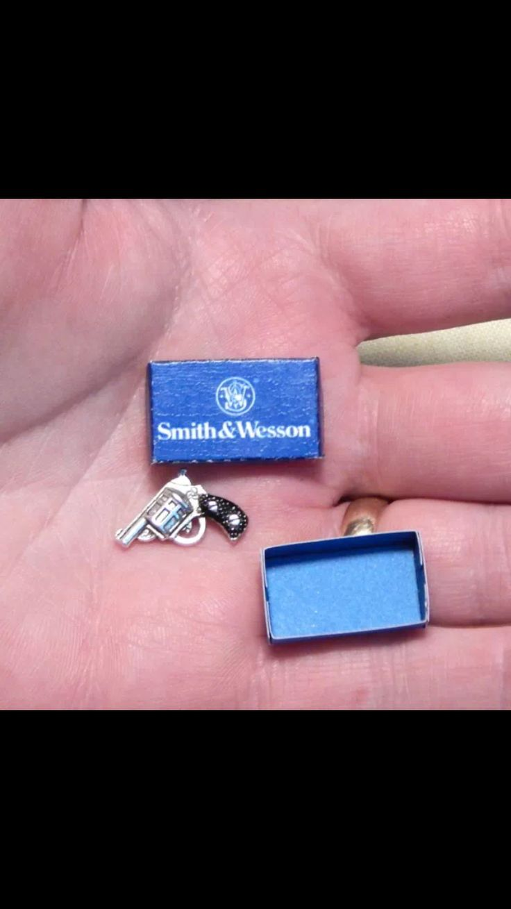 Mini smith and Wesson
