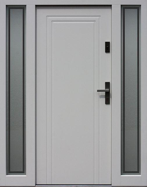 Drzwi zewnętrzne z doświetlami dostawkami bocznymi model wzór 642,1+ds9 w kolorze białe.