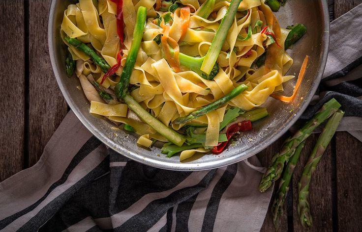 Παπαρδέλες με λαχανικά και λεμόνι