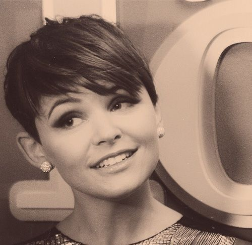 Pixie with longer bang